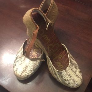 Sam Edelman closed toe wedges size 7.5